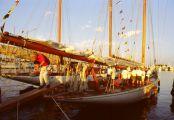 Moonbeam-IV-im-Hafen